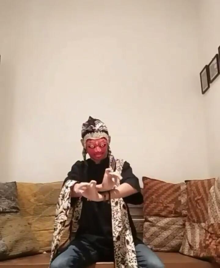 Athanasios Yanuari C Paradance #menaridirumah